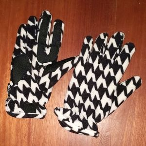 Thinsulate Insulation 40gram Hounds Tooth Gloves